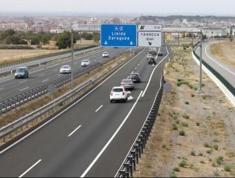 Imatge de l'autovia A-2, que connecta Lleida i Barcelona, al seu pas pel terme municipal de Tàrrega ACN