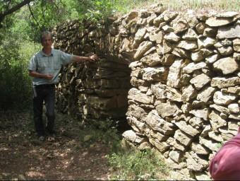 Una barraca de pedra seca a la Garriga d'Empordà, al terme municipal de Llers. ESTEVE CARRERA