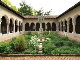 Part dels clàutres ubicats al Museu The Cloisters de Nova York són de Sant Miquel de Cuixà.  ARXIU