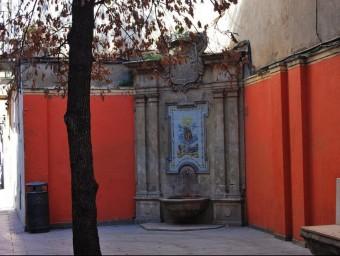 A Catalunya hi ha 383 noms de Carrer de la Font, com ara aquest de Vilafranca del Penedès.  ARXIU