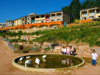 El Vilar Rural de Sant Hilari Sacalm. Els Vilars Rurals va rebre un dels premis Re Think Hotel.  SERHS
