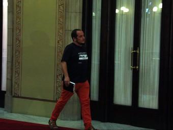 El portaveu parlamentari de la CUP, David Fernández, sortint del despatx d'Artur Mas al Parlament, amb qui s'ha reunit aquest dimecres a la tarda ACN