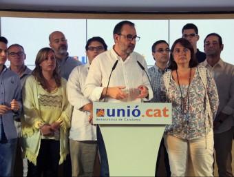 El secretari general d'UDC, Ramon Espadaler, aquest dissabte amb la nova executiva intercomarcal del partit a Barcelona ACN