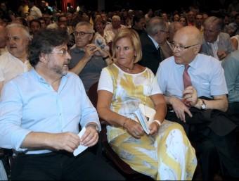 Els exdirigents d'UDC Núria de Gispert, Antoni Castellà i Joan Rigol, aquest diumenge a la presentació de Demòcrates de Catalunya EFE
