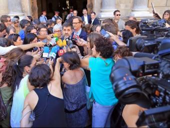 Sánchez, Casals i Vilad'Abadal ahir en sortir dela cimera JUANMA RAMOS