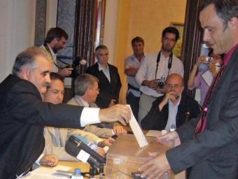 Espona, en el moment de votar el dia que va ser elegit per primer cop, el 2006. R. E