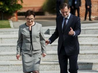 Mariano Rajoy, amb la primera ministre de Polònia, Ewa Kopacz, ahir a Madrid andrea comas/reuters