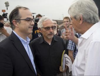 Jordi Turull, Santiago Vidal i Eduardo Reyes, conversant abans de l'inici de l'acte d'ahir ALBERT SALAMÉ