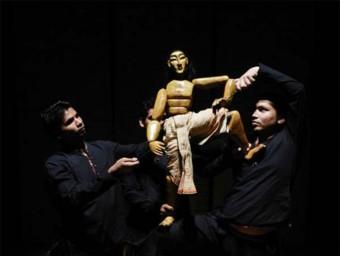 Katkatha Puppet Arts Trust va actuar a la darrera edició del Festival Guant a Valls EPN