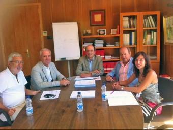 Representants de la Conca durant la reunió mantinguda amb el responsable territorial de Salut a Tarragona EL PORTAL NOU