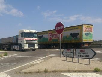 La N-240 suporta un trànsit diari de 1.700 camions entre Lleida i Montblanc i és un tram d'alta sinistralitat E.POMARES