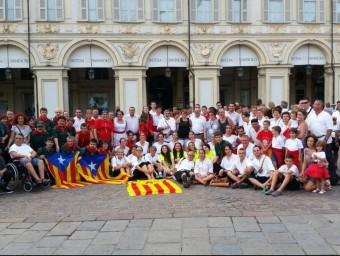 Una àmplia delegació lleidatana ha participat aquest cap de setmana a l'aplec internacional d'Adifolk de Torí DDL