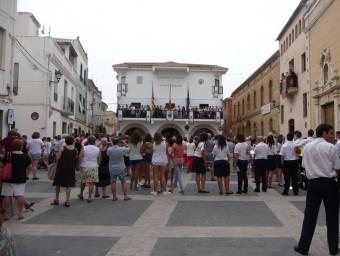 Acte de la lectura del Pregó de Festes des de la balconada de l'Ajuntament. ESCORCOLL