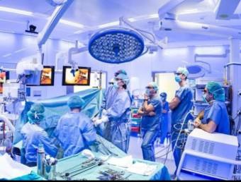 L'hospital Clínic de Barcelona vol potenciar la cirurgia robòtica en els trasplantaments renals ACN