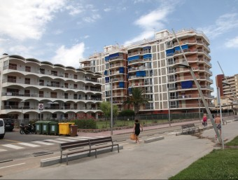 Apartaments turístics a Sant Antoni de Calonge, en una imatge presa l'estiu passat. JOAN SABATER