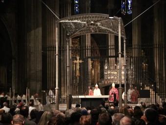 Dedicació de l'altar de la catedral pel bisbe Francesc Pardo, en una imatge d'arxiu J.NADAL