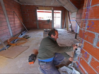 El sector de la construcció genera un 12,4% dels nous llocs de treball al Baix Penedès. LLUÍS SERRAT