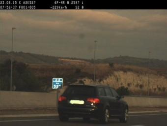 El cotxe, detectat a l'A2 MOSSOS D'ESQUADRA