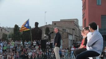 Llach, Simó, Puigdemont i Sabrià, ahir al vespre, a la plaça de Can Mario de Palafrugell E.A