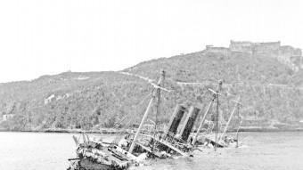 El vaixell espanyol Reina Mercedes enfonsat a S. de Cuba 1898 ARXIU