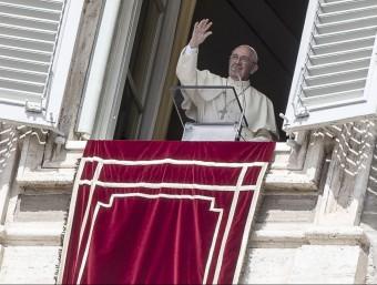 El papa Francesc a la finestra del Vaticà EFE
