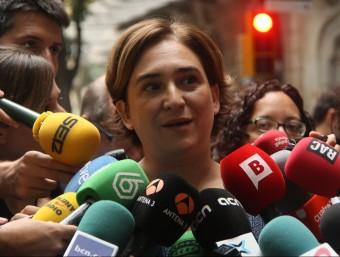 L'alcaldessa de Barcelona, Ada Colau, aquest divendres en una atenció als mitjans ACN