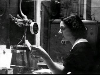 Maria Tersa als anys trenta, quan es va convertir en la primera veu femenina de Ràdio Lleida RÀDIO LLEIDA