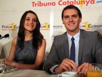 La candidata de C's al 27-S, Inés Arrimadas, i el president del partit, Albert Rivera, en un esmorzar informatiu aquest dimecres ACN
