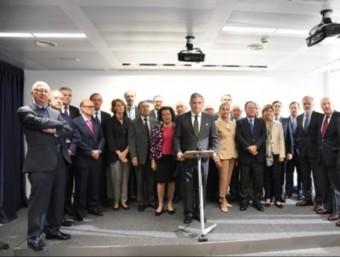 El president del Círculo de Empresarios, Javier Vega de Seoane, amb altres empresaris, a la seu de l'entitat CIRCULO DE EMPRESARIOS