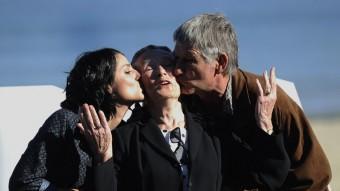Iraia Elias, Klara Badiola i Kandido Uranga,  actors d''Amama' ANDER GILLENEA / EFE