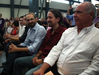 En primer terme, el cap de llista de Catalunya Sí que es Pot, amb els líders de Podem, Pablo Iglesias i Íñigo Errejón, i el coordinador nacional d'ICV, Joan Herrera ACN