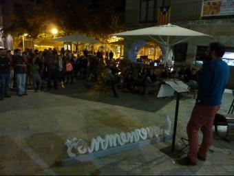 Benet Salellas durant la seva intervenció d'ahir al vespre a Banyoles. R. E