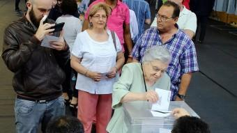 Jornada electoral a Girona en motiu dels darrers comicis municipals. LL.SERRAT
