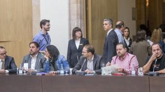 Representants dels partits que van donar suport a la consulta del 9N en una reunió del Pacte pel Dret a Decidir. ALBERT SALAMÉ