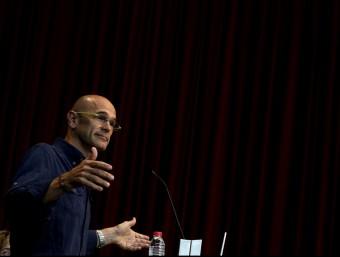 Raül Romeva en la roda de premsa l'endemà de les eleccions plebiscitàries EFE