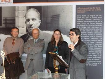 Inauguració de l'exposició sobre Carles Salvador organitzada per l'AVL. EL PUNT AVUI