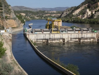 La central Hidroelèctrica de Xerta rebrà una indemnització pels perjudicis causats. J.FERNÀNDEZ