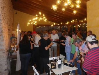 Tast de vins del celler del Vendrell Jané Ventura a la Sala Mas Llagostera Experience de la Bisbal del Penedès. TAEMPUS