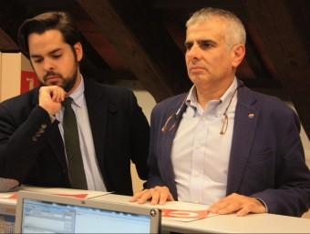 Els diputats de Cs Fernando de Páramo i Carlos Carrizosa, aquest dijous al registre del Parlament ACN