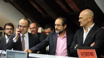 Turull, Baños i Romeva, al registre del Parlament de Catalunya. ACN