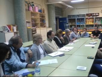 Reunió de la Plataforma per l'Ensenyament Públic de l'Horta Sud. EL PUNT AVUI