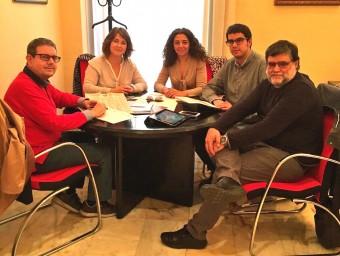 Reunió de tècnics i representants de Morella i Sant Mateu. EL PUNT AVUI