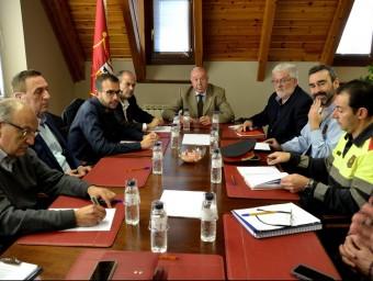 El Síndic d'Aran, Carles Barrera, va presidir ahir la reunió de la comissió de circulació durant l'hivern per la N-230 ACN