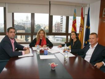 Reunió de la Plataforma amb la directora general del Servef. B. SILVESTRE