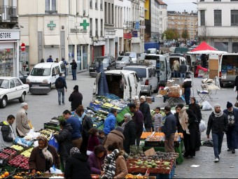 Mercat dominical al districte de Molenbeek, a Brussel·les REUTERS / YVES HERMA