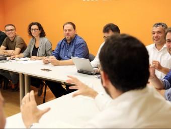 Oriol Junqueras i Marta Rovira en l'executiva d'ERC l'endemà del 27-S ANDREU PUIG