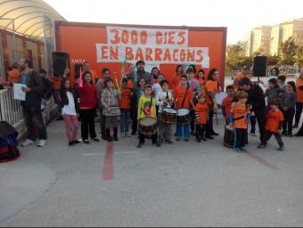 Activitats reivindicatives al pati de l'escola Ciutat de Cremona. CEDIDA