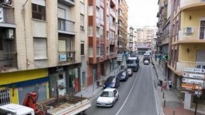 La carretera N332 al seu poas per Oliva. EL PUNT AVUI