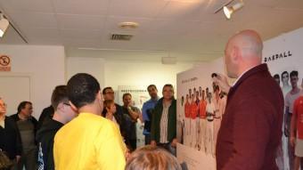 Acte d'inauguració de l'exposició sobre pilota valenciana a la Casa de la Cultura de Quart de Poblet. EL PUNT AVUI