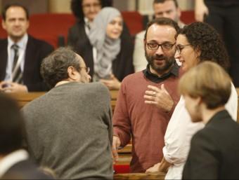 Benet Salellas, amb Antonio Baños i Marta Rovira, al Parlament ORIOL DURAN